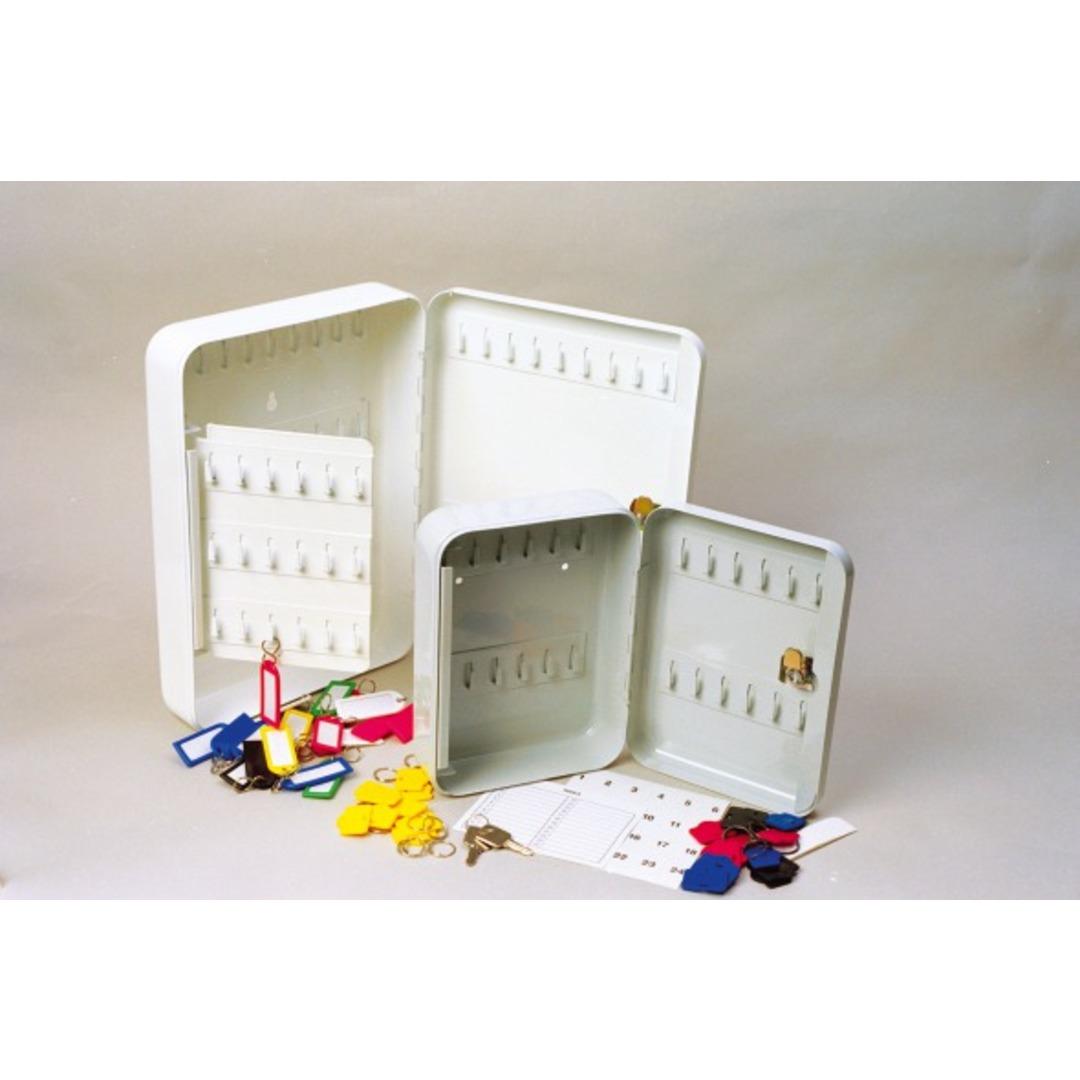 Key box 105 hooks