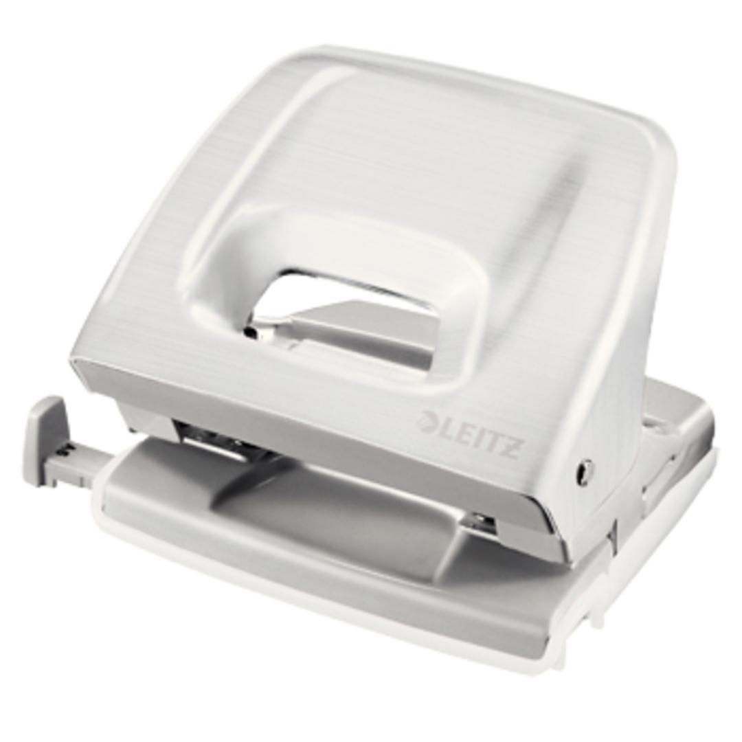 Hole punch 5152 Style white SE